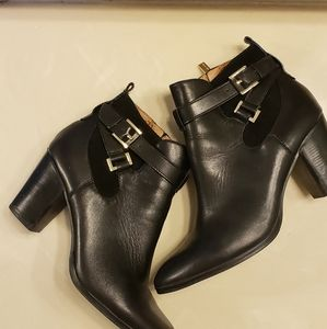 Louise et Cie black leather ankle boots size 11